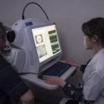 Les OCT mesurent les structures anatomiques de l'œil, du nerf optique et de la rétine centrale